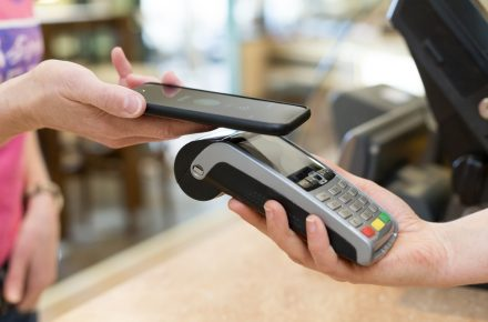 Should you offer your customers Apple Pay?